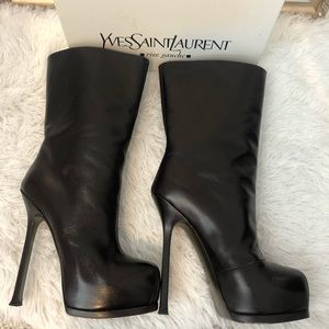YSL Tribtoo 105 Chocolate leather boots